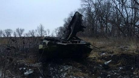 Пресс-центр АТО: ВСУ уничтожили 14 единиц военной техники и 70 террористов
