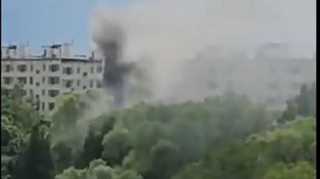 Взрыв в жилом доме в Москве: очевидцы говорят о запахе пороха, есть жертвы