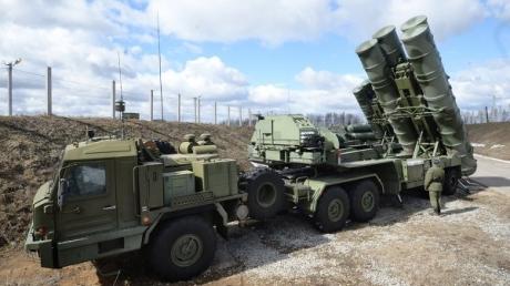 Россия продолжает наращивать военные силы в аннексированном Крыму - оккупанты стягивают на украинский полуостров системы ПВО: стало известно о новой затее Кремля