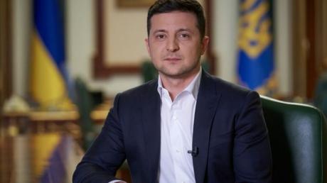 Зеленский продолжает опускаться в президентском рейтинге к другим кандидатам – опрос