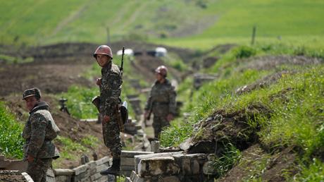 ВС Азербайджана перешли в широкомасштабное наступление в Карабахе – заявление Армении