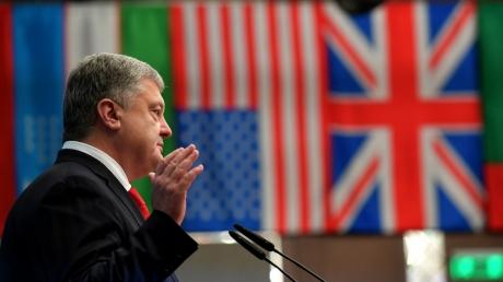 Бизнеса в РФ у президента нет: Порошенко рассказал, что произошло с его заводом в Севастополе