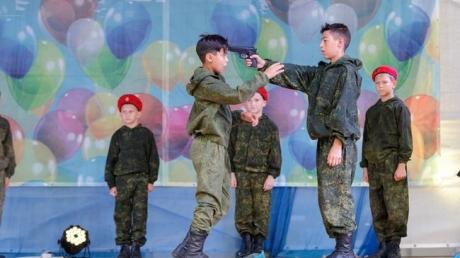 """""""То же самое делает ХАМАС в Газе"""", - соцсети не могут прийти в себя от детской постановки в крымском Джанкое"""