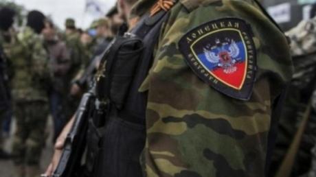 Соцсети: в Донецке на ЖД вокзале боевики расстреляли водителя автобуса при проверке докуметов - подробности