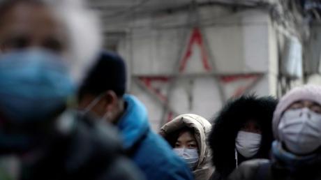 Коронавирус 2019-nCoV ускоряется: Китай срочно изолирует зараженные города, число жертв растет