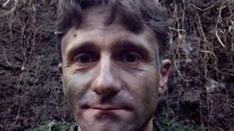 """Потеря в """"потешном"""" батальоне Прилепина: снайпер-серб Берич ранен в ногу в ближнем бою - соцсети не могут скрыть удивление"""