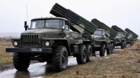 Порошенко сегодня выступит с заявлением по отводу вооружения