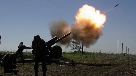 Боевики 30 раз обстреляли силы АТО - под ударом Авдеевка и поселки под Мариуполем
