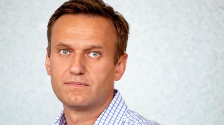Кох рассказал, почему российские спецслужбы хотели устранить Навального, но не смогли