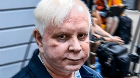 Бориса Моисеева парализовало, он на грани смерти - семья распродает все имущество, ситуация тяжелая