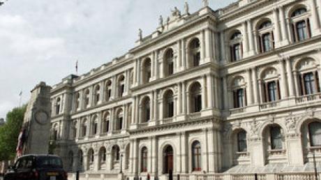 Глава МИД Великобритании жестко осудил действия Кремля и призвал Россию вернуть Крым Украине