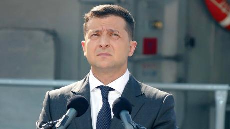 Пять вопросов от Зеленского: украинцы не поддержали одну инициативу президента - экзитпол