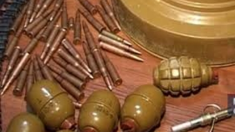 МВД: за прошедшие сутки правохранители Днепропетровской области изъяли гранаты, патроны и взрывчатые вещества