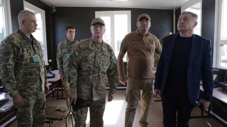 Луганская область осталась без губернатора: Порошенко уволил Гарбуза – фото и подробности