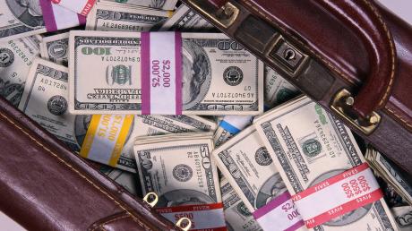 €650 тысяч в кармане: в Польше арестовали жену украинского топ-чиновника