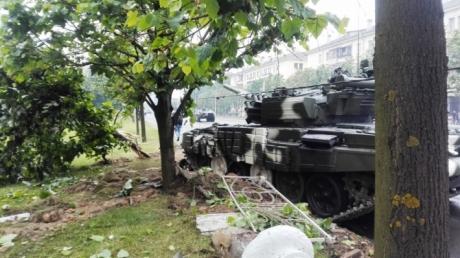 Белорусы больше не хотят видеть тяжелую военную технику в своей столице и выступают против помпезных парадов