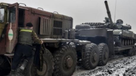 ДНР: сегодня отвели от линии фронта гаубицы в районе Макеевки и Иловайска