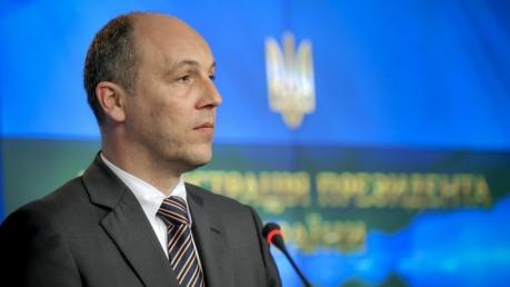 Парубий: Канада должна убедить США начать поставки оружия Украине