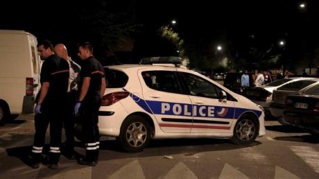 Открыли огонь по выходящим из мечети: во Франции совершено очередное нападение с пострадавшими