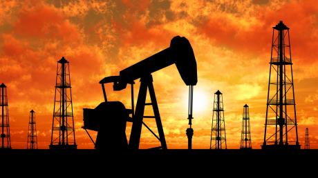 Цена на нефть снова обвалилась: экстренные меры $2 трлн не сработали
