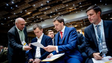 """""""Гончарук - лучший премьер в истории Украины"""", - министр Милованов пояснил почему"""