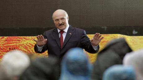 """Казарин: """"Лукашенко просил слишком много, а отдавал мало – настало время платить по счетам"""""""