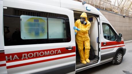 В Киеве критическая ситуация из-за коронавируса: в больнице нет мест, необходима экстренная мера