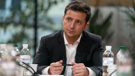 """В """"Слуге народа"""" заявили о смене Зеленским стратегии по Донбассу: """"Прошлая не сработала"""""""