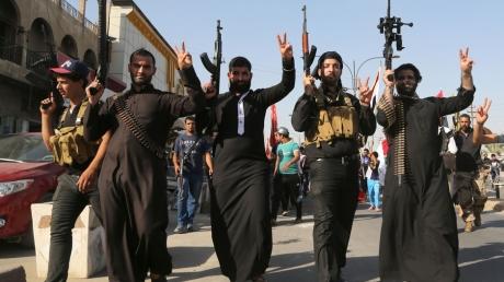 """Террористы """"ИГИЛ"""" собрались провести """"смертельную волну в Европе"""": 400 боевиков готовят масштабные теракты"""