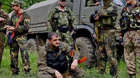 """Террористы """"ЛДНР"""" могут готовить масштабное наступление к майским праздникам - Тымчук"""