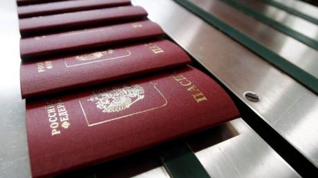 """Atlantic Council: Нужно вводить новые санкции против РФ из-за паспортизации """"ОРДЛО"""""""