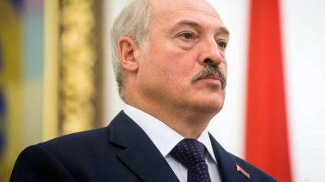 """""""Никакая прибыль не стоит независимости"""", - """"обиженный"""" Лукашенко пригрозил уйти с российского рынка"""