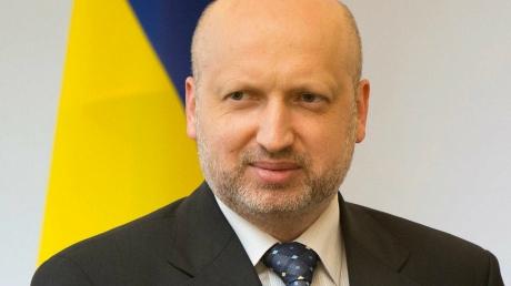 Украина вводит новые санкции в отношении России: Турчинов рассказал о первых результатах заседания СНБО