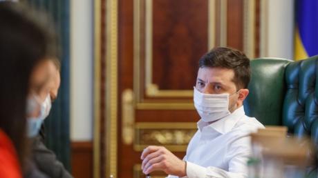 """""""У нас новый вызов"""", - после продления карантина Зеленский пояснил, чего ждать в связи с коронавирусом"""