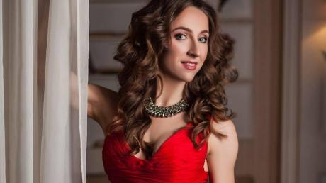 Известная украинская балерина Исакова умерла после ДТП: от автобуса звезды ничего не осталось - фото