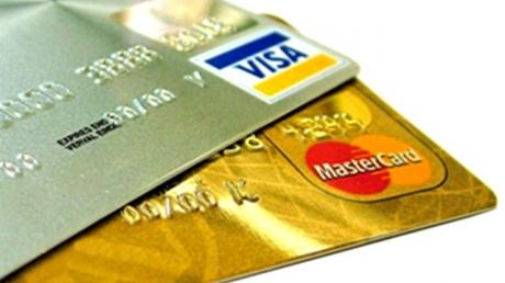 Платежные системы Visa и MasterCard возобновят работу в Крыму с апреля