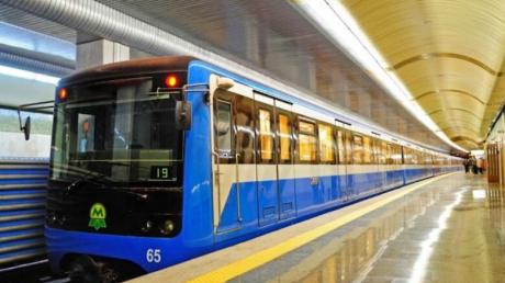 Украина, Киев, коронавирус, метро, общественный транспорт, возобновление