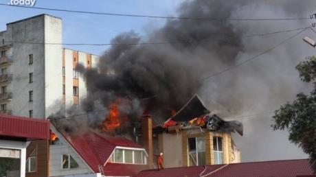 В Житомире горел ТРЦ: пожар тушили более пяти часов