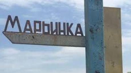 При атаке боевиков на Марьинку тяжелые ранения ног получили двое мирных жителей