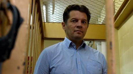 """Приговор российского """"суда"""": незаконный арест украинского журналиста Романа Сущенко будет продлен до 30 сентября 2017 года"""