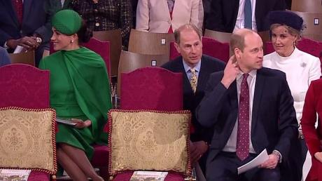 """""""Семья разваливается на глазах"""" Меган Маркл и принц Гарри отказались общаться с Кейт Миддлтон и принцом Уильямом"""