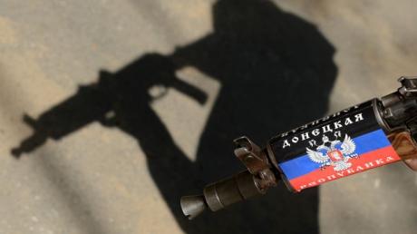 """Срыв перемирия в зоне АТО: сепаратисты """"ДНР"""" обстреливают позиции ВСУ стрелковым оружием"""