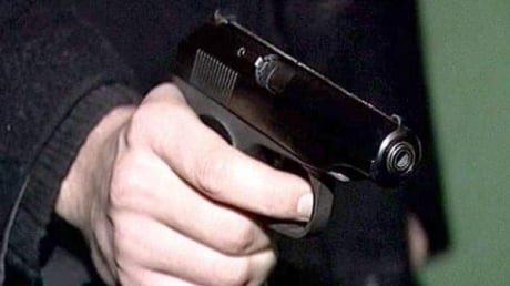 Владелец ресторана в Киеве расстрелял из пистолета двух коммунальщиков