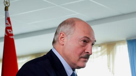 """Лукашенко о давлении на Тихановскую: """"Я боюсь дожить до утра"""""""