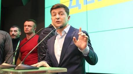 Зеленский неоднозначно прокомментировал закон про украинский язык