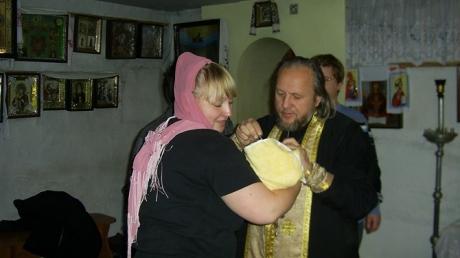 Преступники ради денег задушили матушку и покалечили настоятеля храма в Днепропетровске: жуткие подробности расправы