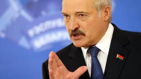 Лукашенко о Донбассе: пустите туда США, и кровавая мясорубка быстро закончится