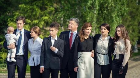 Пополнение в семье президента Украины: у Петра Порошенко родилась внучка Елизавета