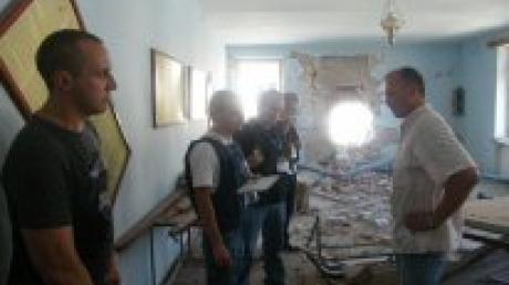 Представители ОБСЕ посетили пострадавшую при артобстреле колонию строго режима в Донецке