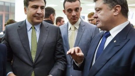 """Саакашвили против Порошенко: губернатор поставил жесткий ультиматум о """"договорняке"""" и травле реформаторов"""